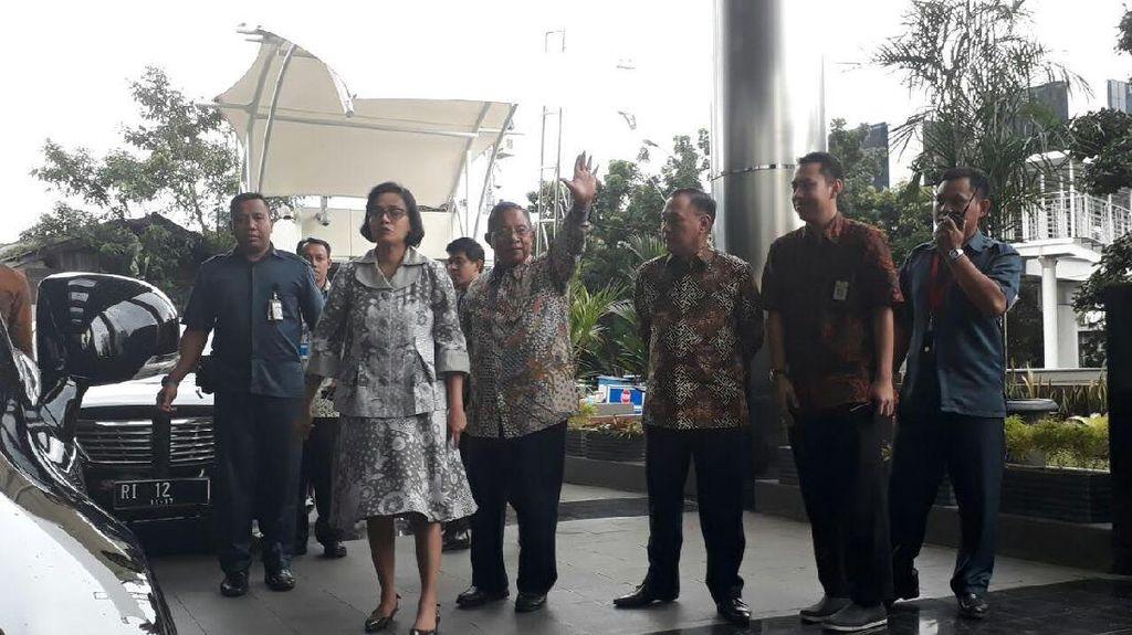 Sri Mulyani, Darmin, dan Agus Marto Bawa Nama Calon Bos OJK ke KPK