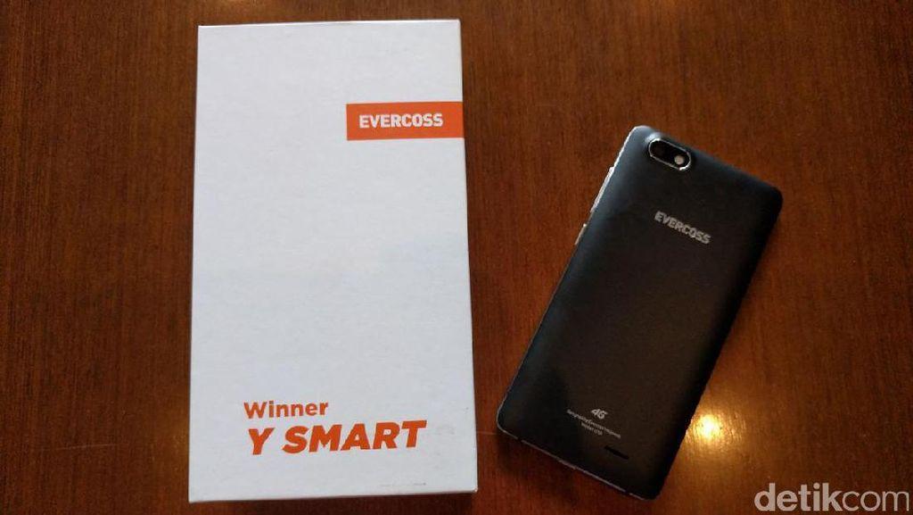 Ponsel Android Nougat Perdana Evercoss Ditarget Laku 100 Ribu Unit