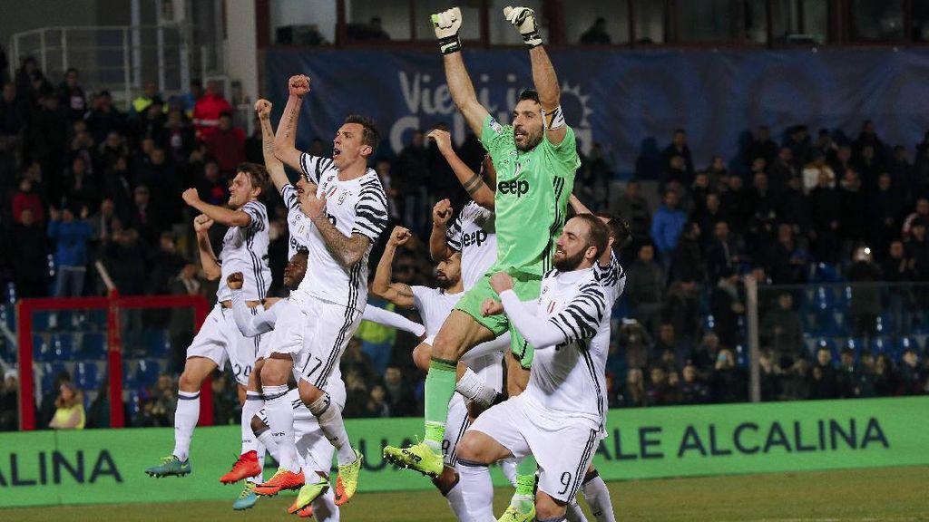Variasi Baru Lini Depan Juventus dalam Skema 4-2-3-1