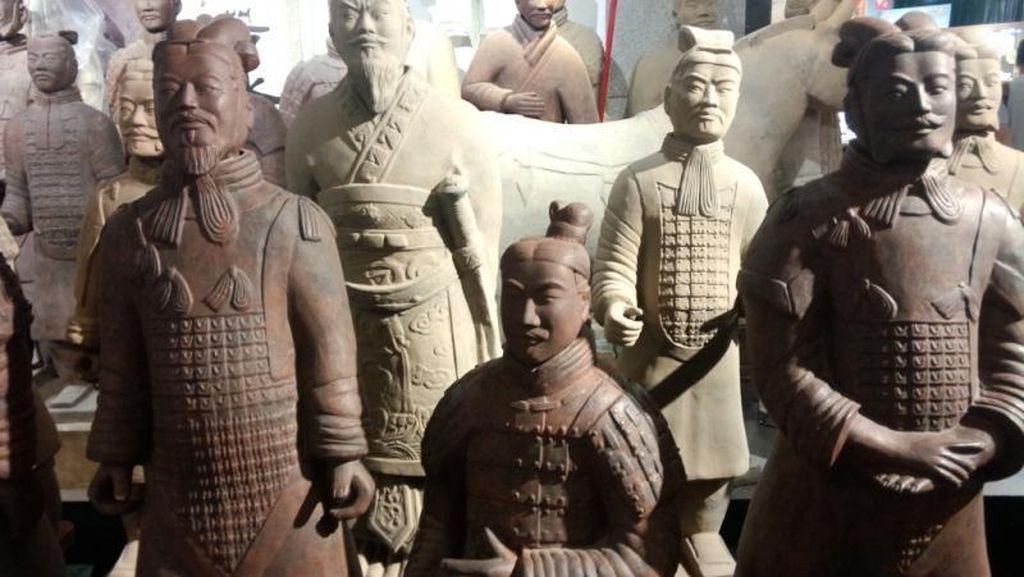 Ribuan Pasukan Terakota Penjaga Makam Kaisar China