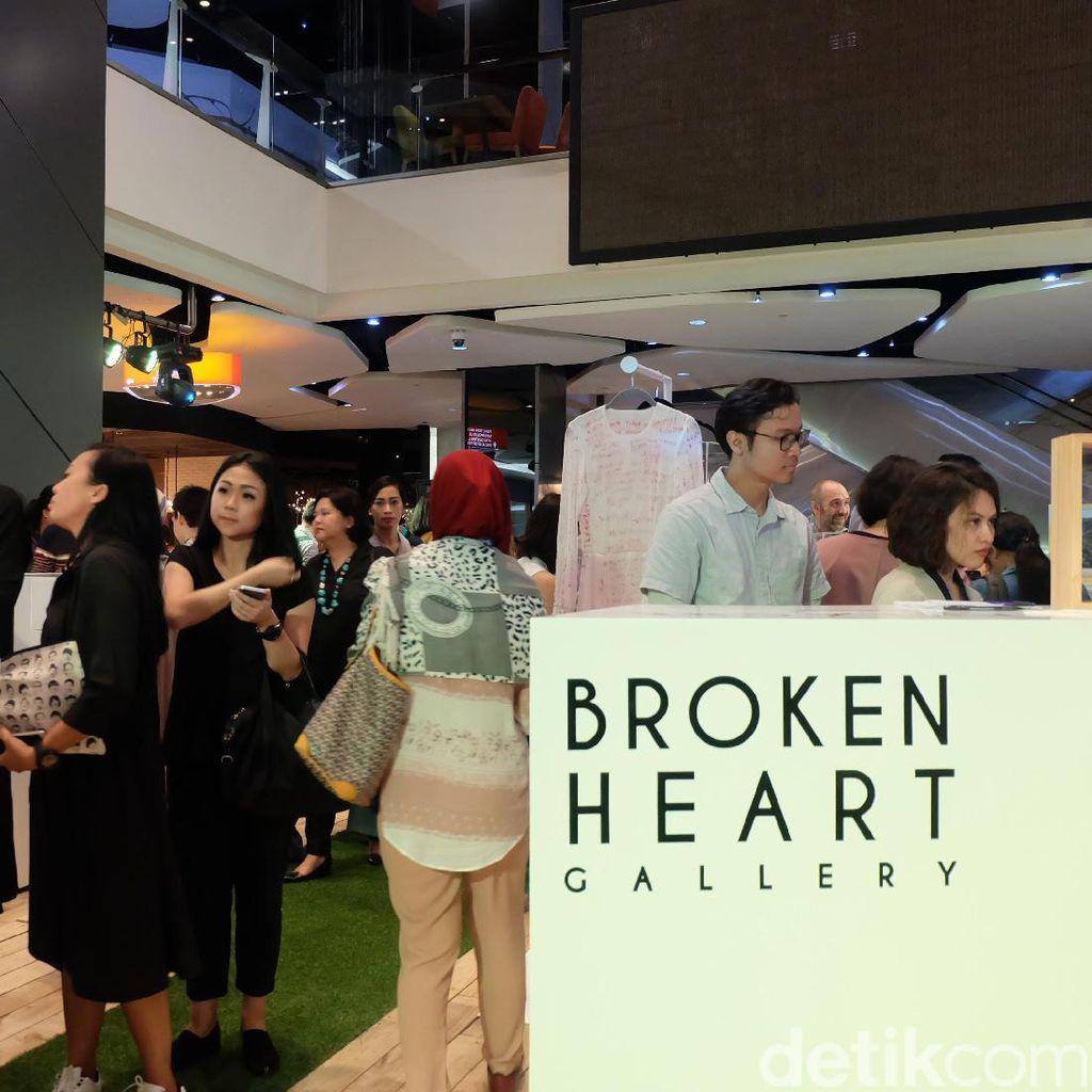 Jelang 14 Februari, 14 Seniman Muda Gelar Pameran Broken Heart Gallery