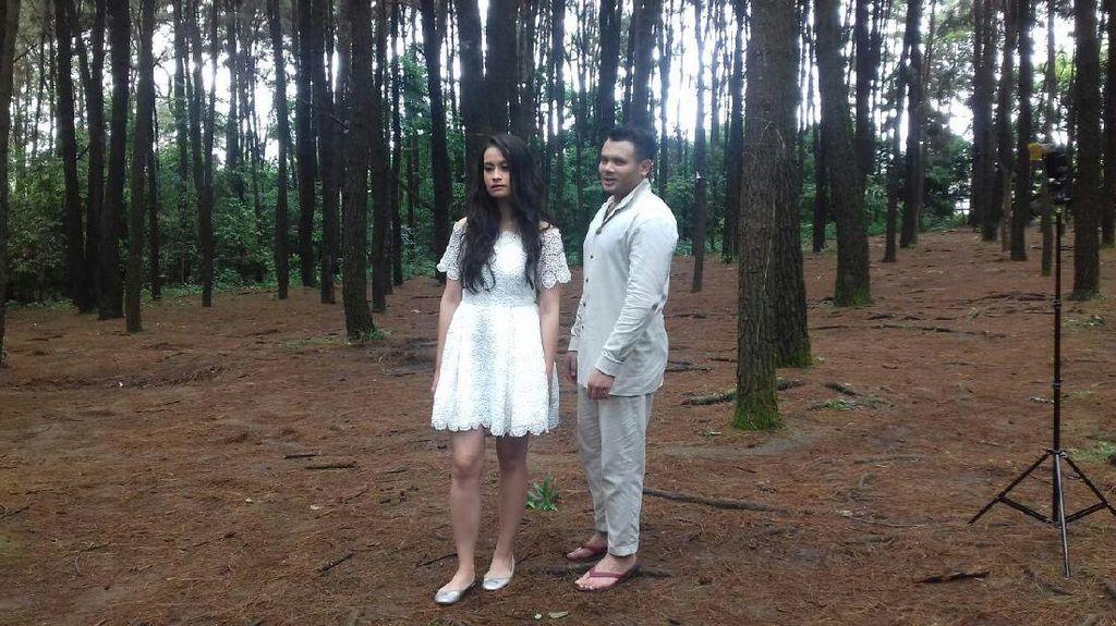 Gandeng Rizal Mantovani, Ridho Rhoma Bikin Klip di Hutan Pinus