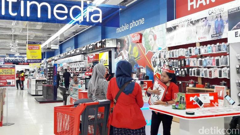 Beli Ponsel Gratis Kartu Memori di Akhir Pekan Transmart dan Carrefour