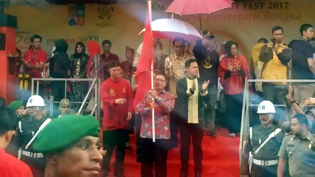 Buka Cap Go Meh Bogor, Menag Lukman Hakim Tekankan Kerukunan Beragama
