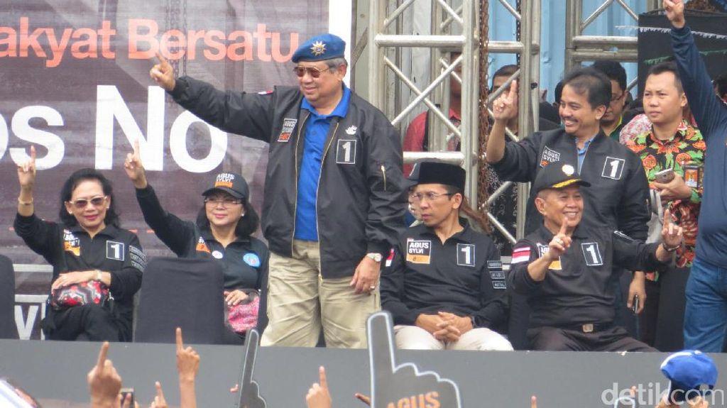 SBY dan Bu Ani Hangatkan Panggung Kampanye #SATUkanJakarta