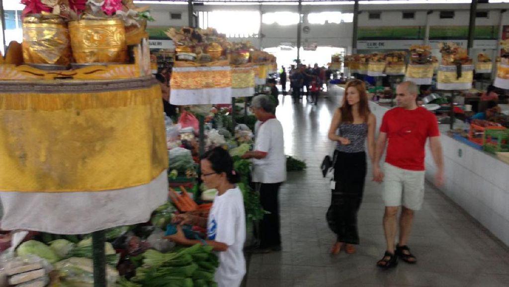 DPRD Surabaya Dukung Risma Revitalisasi Pasar Tradisional