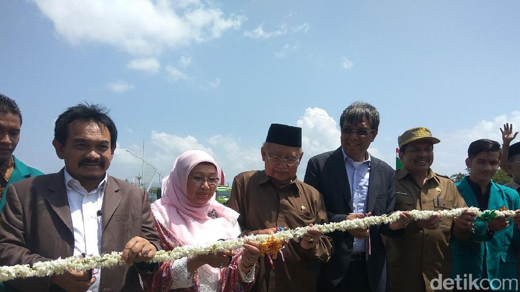 Gubernur Aceh Resmikan Jembatan Lamnyong