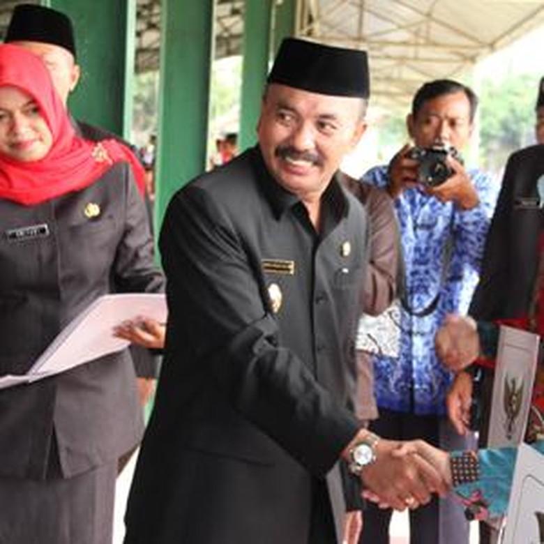 Mantan Anggota DPRD Jabar Gantikan - Wakil Bupati Cirebon Tasiya Soemadi alias Gotas Kabupaten Cirebon PDI Perjuangan telah menunjuk Selly Andriany Gantina sebagai Wakil