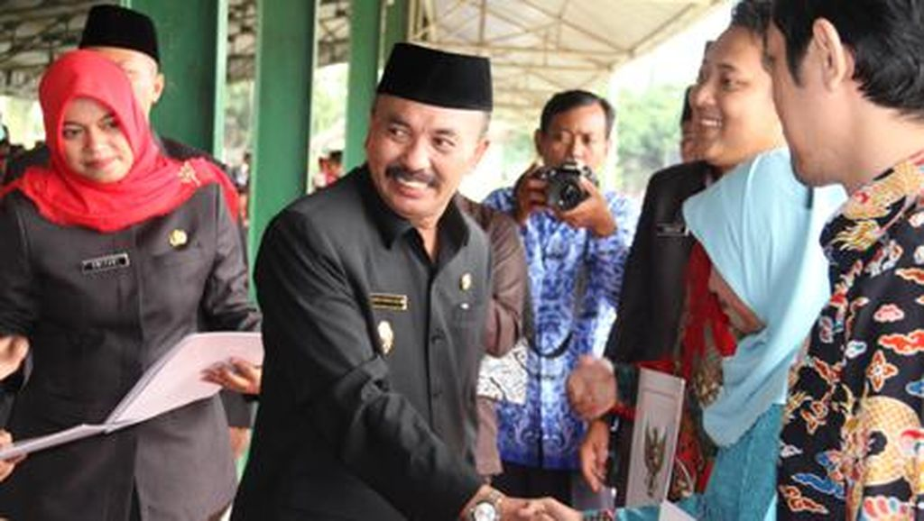 Gubernur Aher Minta Eks Wabup Cirebon Gotas Menyerahkan Diri