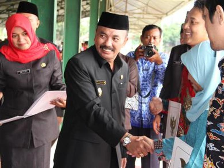 Wabup Cirebon Jadi Kajati Gotas - Bandung Keberadaan Wakil Bupati Cirebon Tasiya Soemadi alias Gotas masih Kejati Jabar dan Kejari Cirebon masih kesulitan menemukan