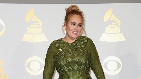 Adele Sapu Bersih 5 Piala dari 5 Nominasi Grammy