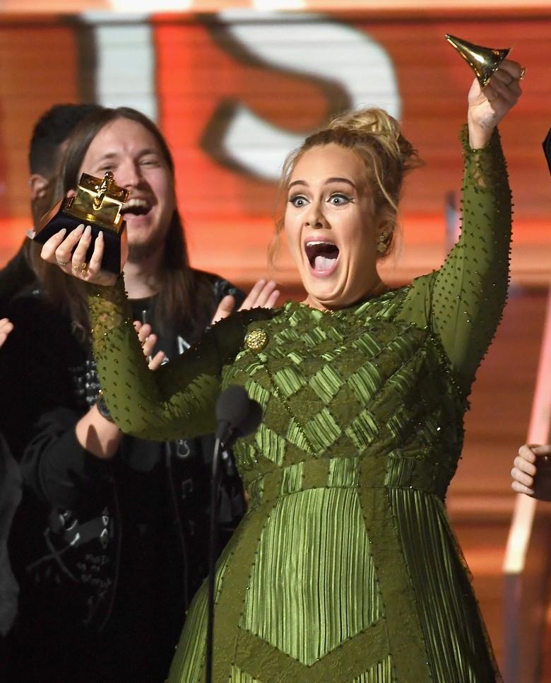 Adele Dinobatkan Sebagai Legenda Musik Masa Depan, Setuju?