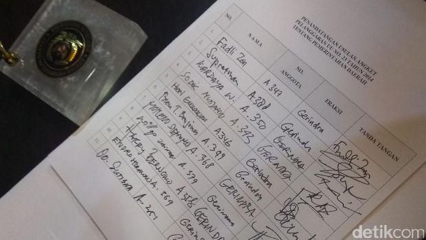 Anggota Fraksi Gerindra DPR pengusul pansus angket Ahok Gate /