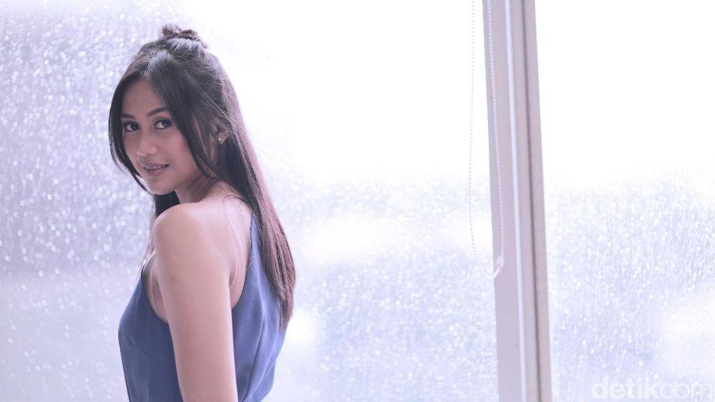 Ingin Perkenalkan Diri, Nadhira Suryadi Usung Tema Cinta