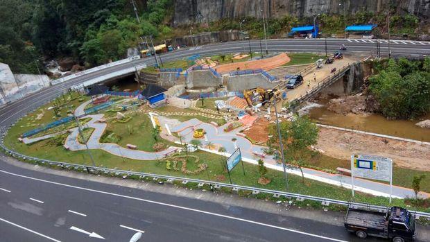 Kelok 9 di Sumatera Barat