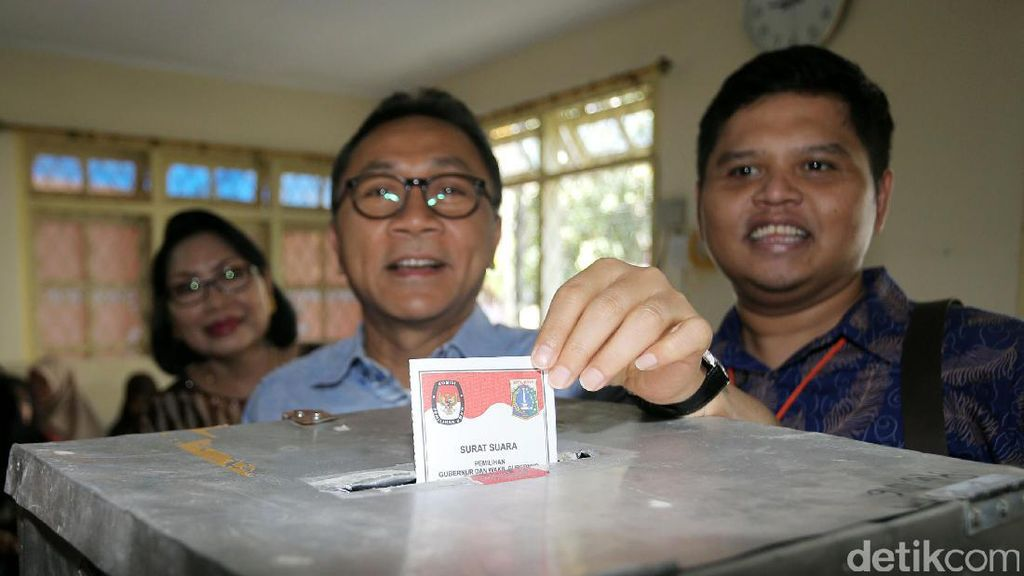 Ketua MPR: Demokrasi Kebablasan Itu Konsekuensi One Man One Vote