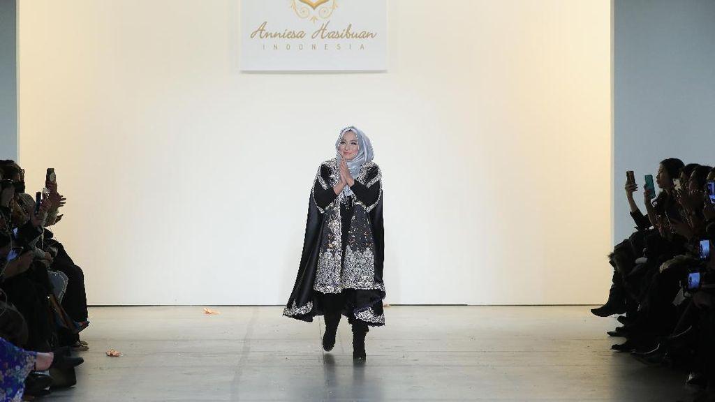 Tampilkan Model Imigran di NYFW, Anniesa Hasibuan: Perbedaan Itu Indah