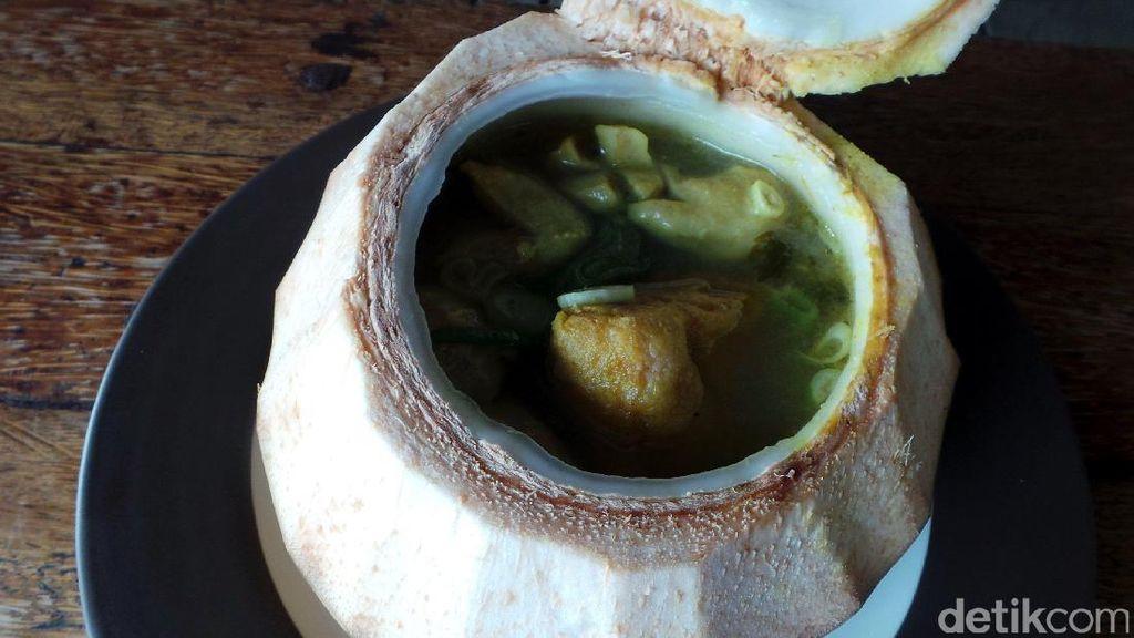 Lapar Usai Nyoblos di Pekanbaru? Coba Wisata Kuliner Unik Serba Kelapa