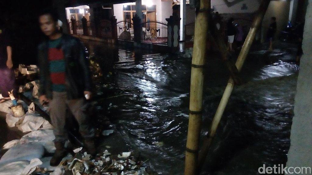 Hilang 11 Hari, Jasad Korban Banjir di Garut Ditemukan Tanpa Kepala