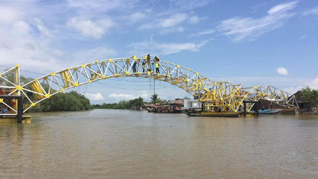 Perbaikan Jembatan Apung Cilacap Ditargetkan Selesai Maret 2017