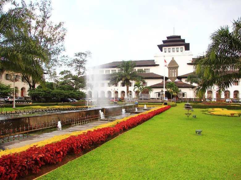 Datang Yuk, Weekend Ini Ada Karnaval Kemerdekaan di Bandung