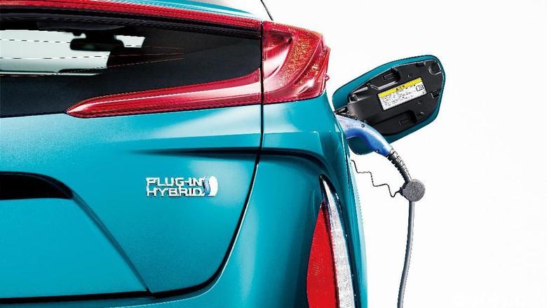 Toyota Sanggupi Buat Mobil Listrik dalam 5 Tahun Lagi