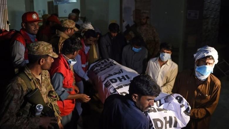 Serangan ISIS di Tempat Ziarah Sufi di Pakistan, Puluhan Orang Tewas