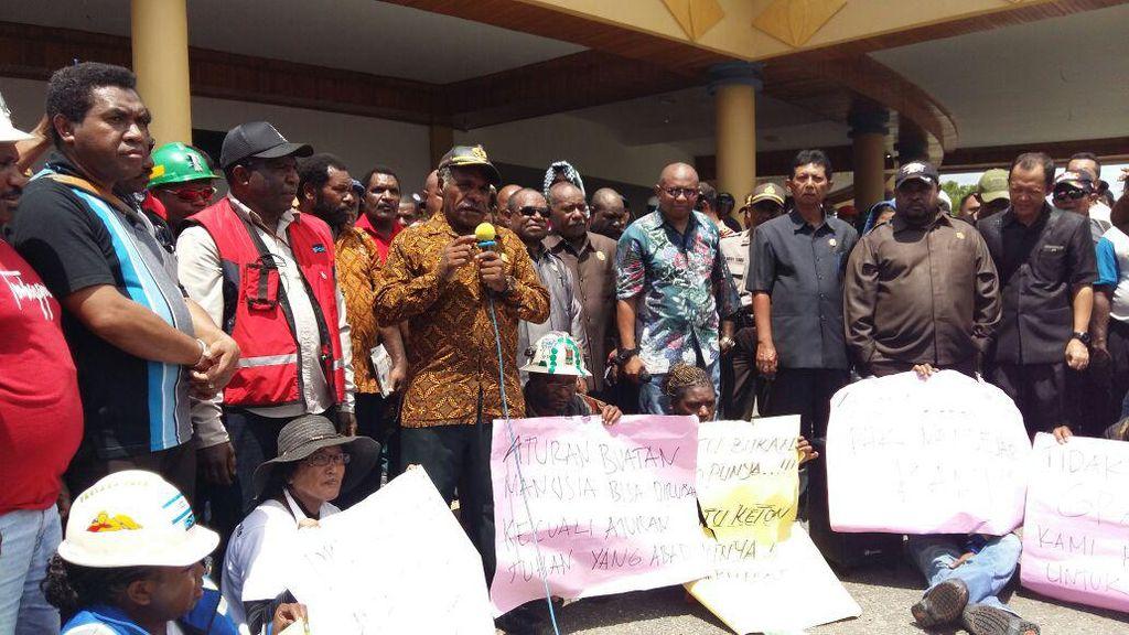 Takut Jadi Pengangguran, Pekerja Freeport Demo di Papua