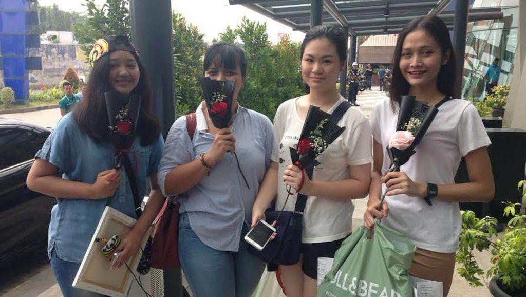 Kunjungi Indonesia, Rins Lebih Diburu daripada Iannone