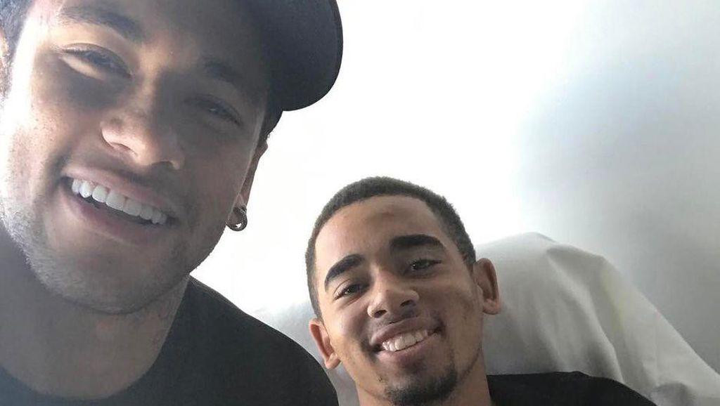 Kunjungan Spesial Neymar untuk Gabriel Jesus