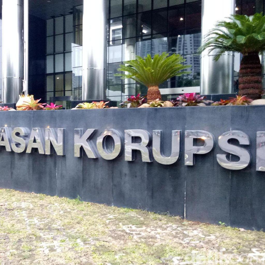 Datangi KPK, Mentan: Mau Diskusi Subsidi Pupuk