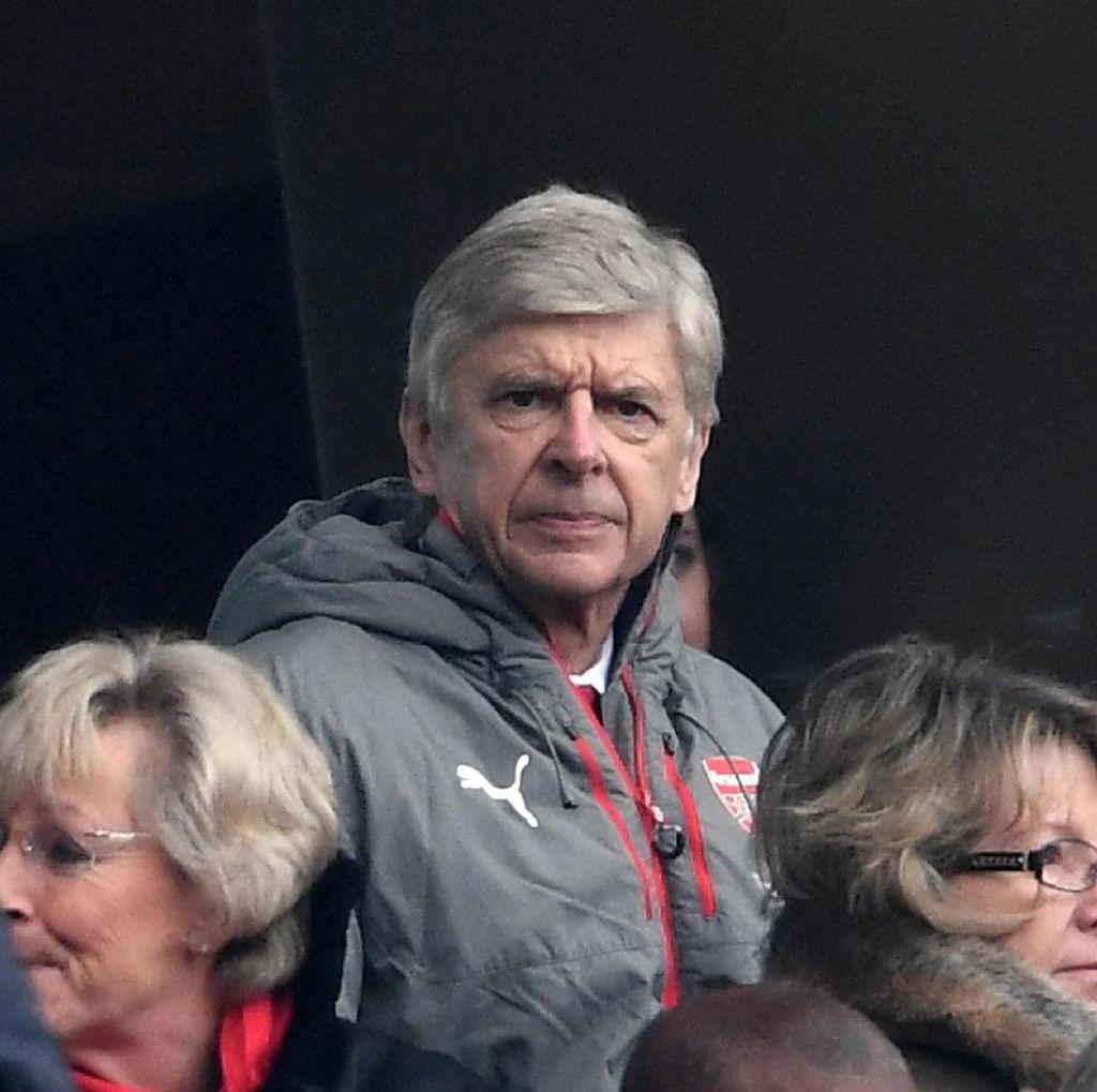 Perez: Wenger Sepertinya Belum Mau Tinggalkan Arsenal
