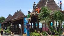 Gili Trawangan Berbenah Agar Lebih Baik, Bangunan Tepi Pantai Dibongkar