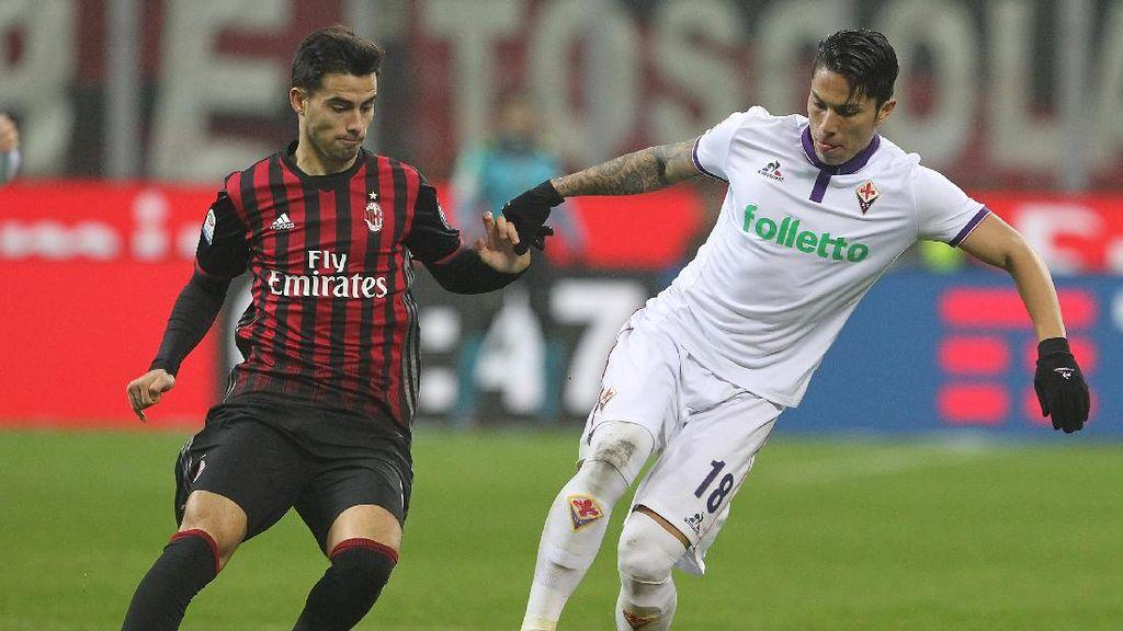 Milan Kalahkan Fiorentina 2-1