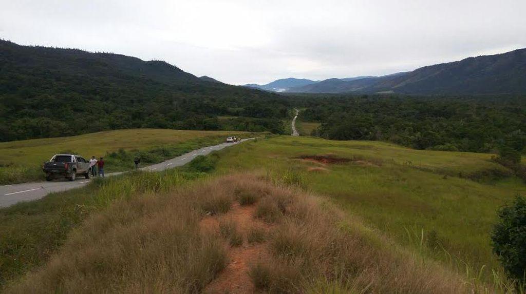 Menyelusuri Jalan Trans Papua