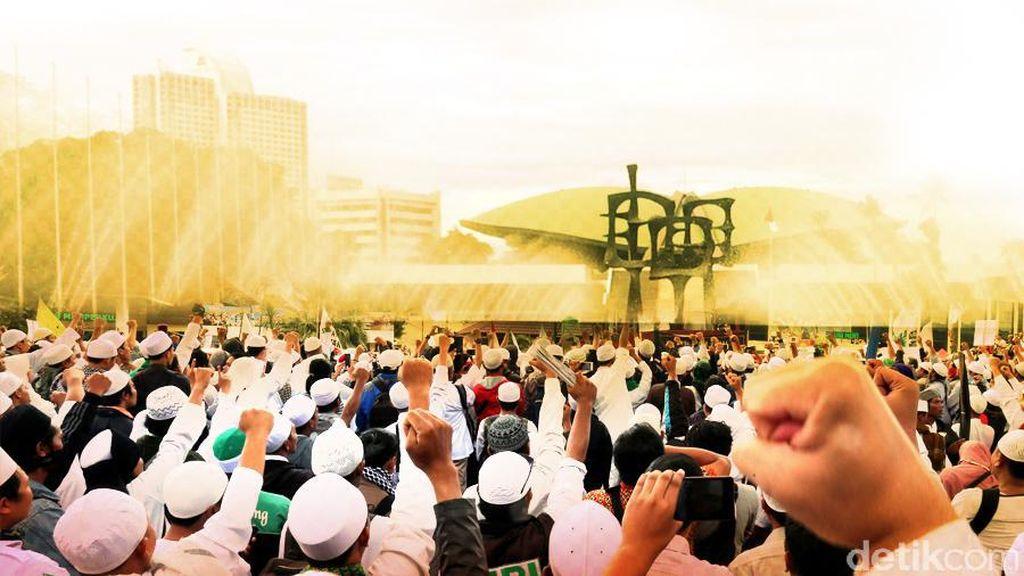 Sampaikan Aspirasi FUI Komisi III Bikin Surat untuk Jokowi