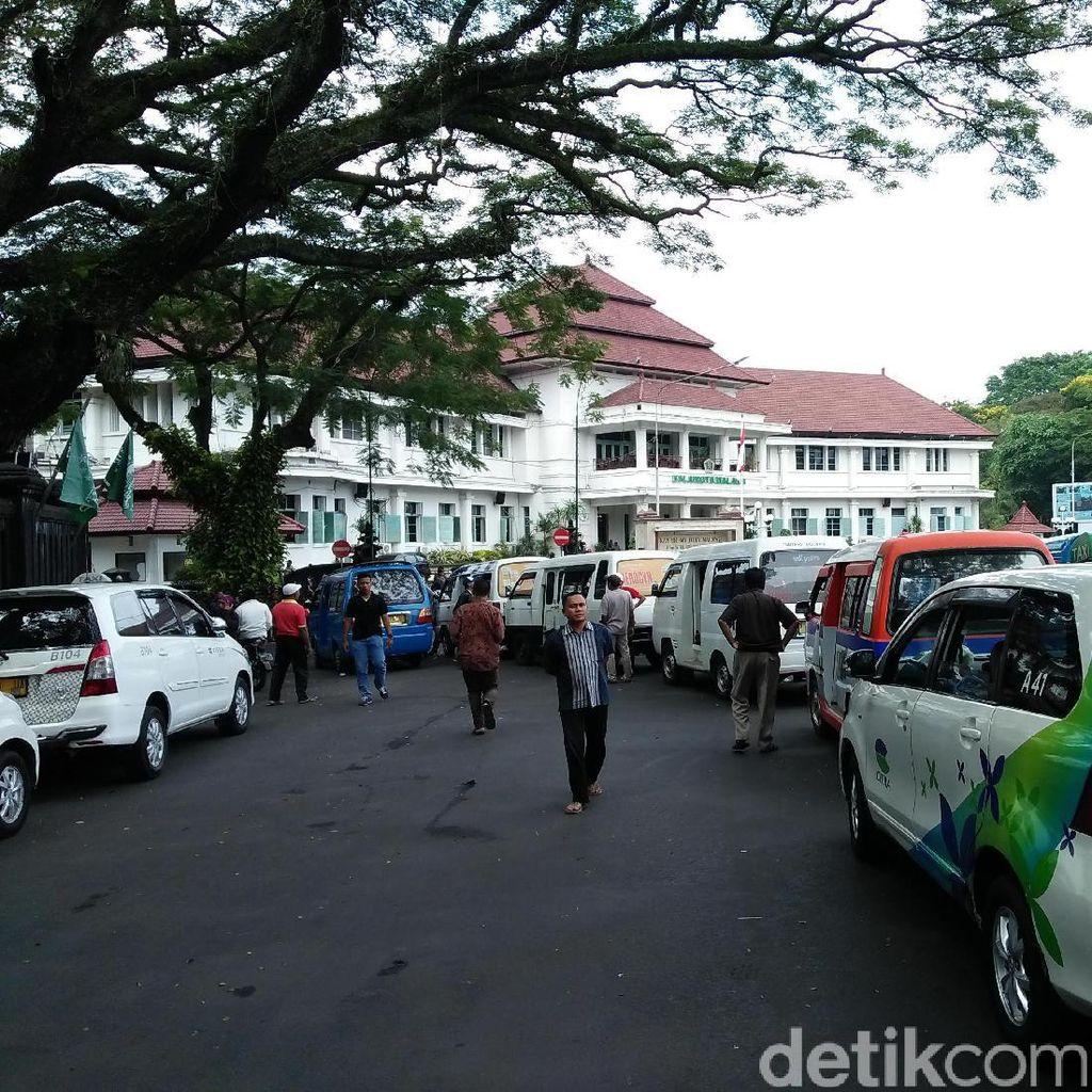 Angkutan Umum se Malang Raya Ancam Demo Balai Kota