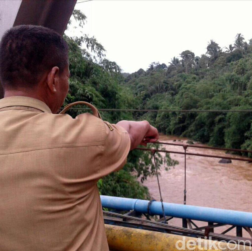 Pemancing Hilang Diduga Terseret Arus Sungai Cicatih Sukabumi