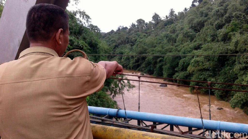 Jasad Pemancing yang Hilang di Sungai Cicatih Sukabumi Ditemukan