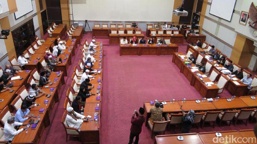 Di DPR, Perwakilan Massa Tegaskan Aksi 212 Bukan Politis