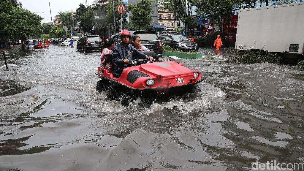 Tanjung Duren Kebanjiran