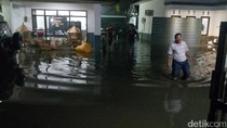 Kota Mojokerto Kebanjiran, Ribuan Rumah Warga dan Polisi Terendam