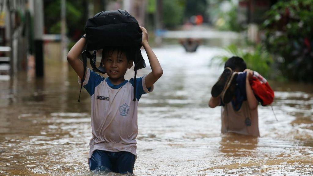 Ini Lokasi Banjir yang Masih Merendam Ibu Kota Hingga Dini Hari