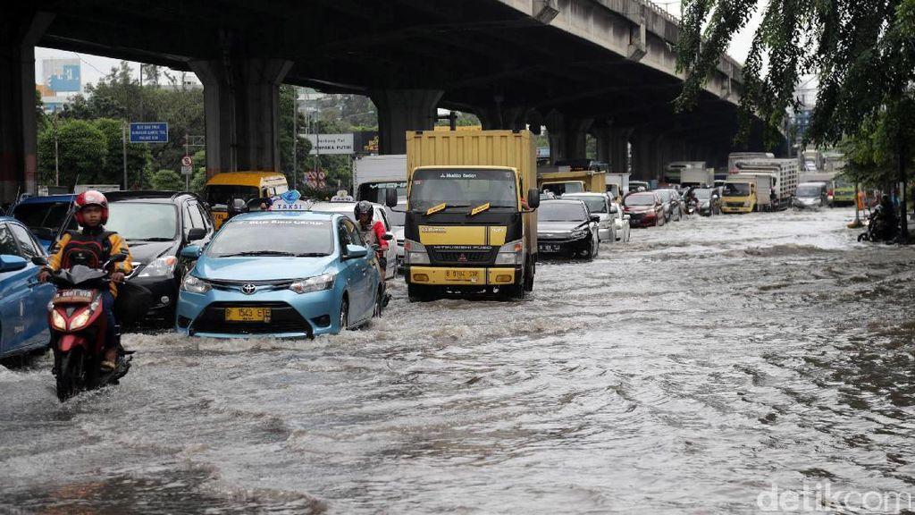 Apa Sih Bedanya Banjir dan Genangan? Ini Kata BNPB