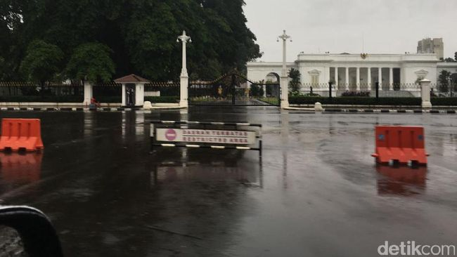 Foto Istana Merdeka Terendam Banjir Hoax!