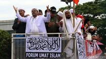 Usai Rizieq Berorasi, Massa Bubarkan Diri