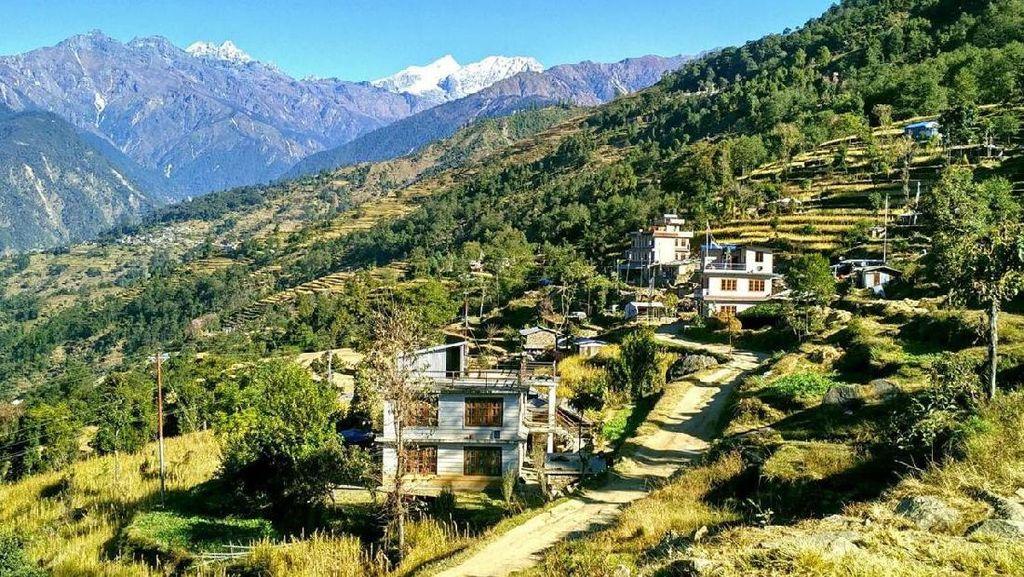 Cerita Mengharukan, Desa yang Dibangun Dua Orang