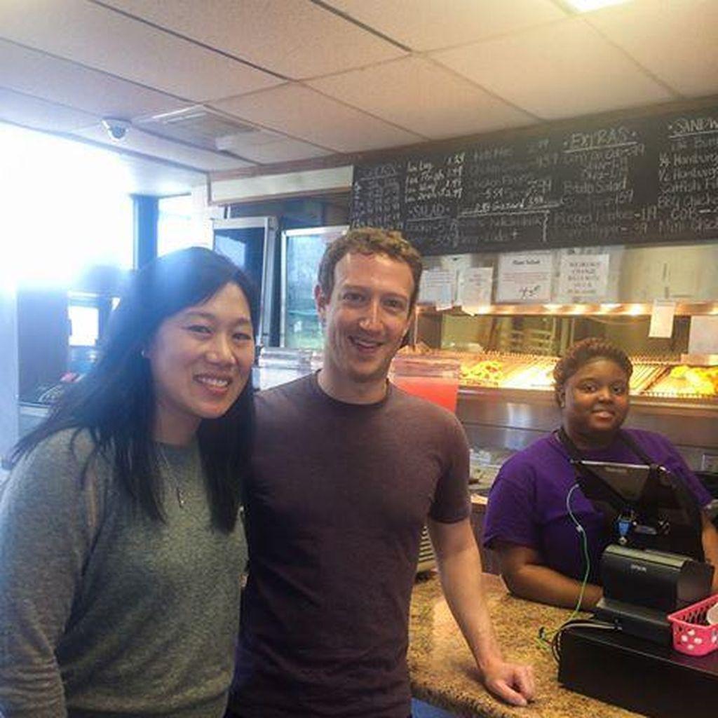 Pengakuan Menarik Pemilik Restoran Ketika Jamu Zuckerberg