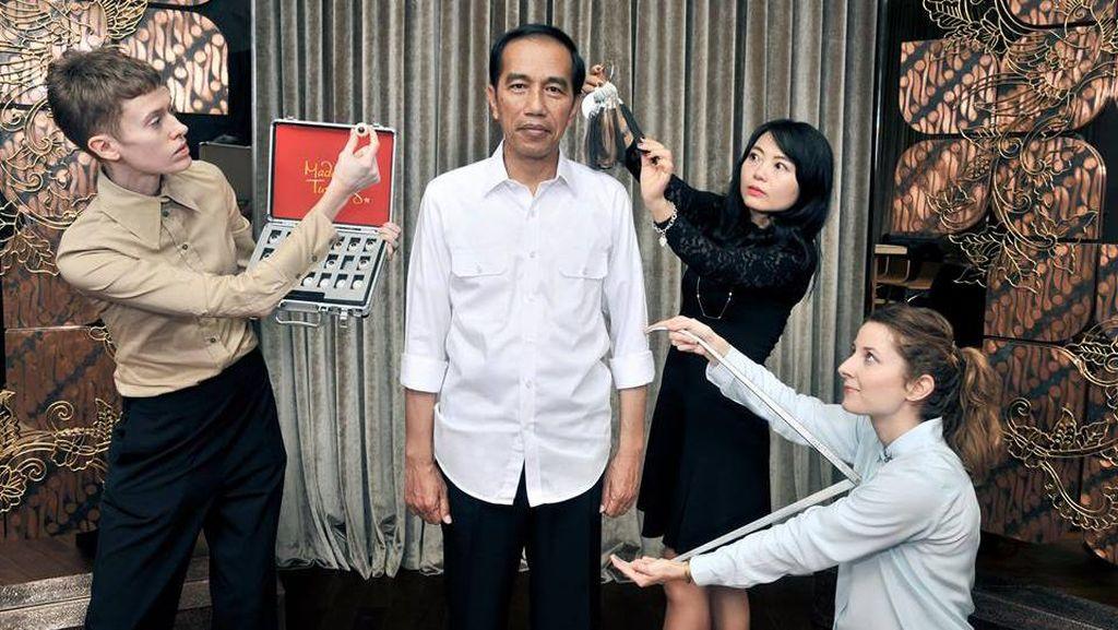 Beda Gaya Jokowi dan Bung Karno di Madame Tussauds