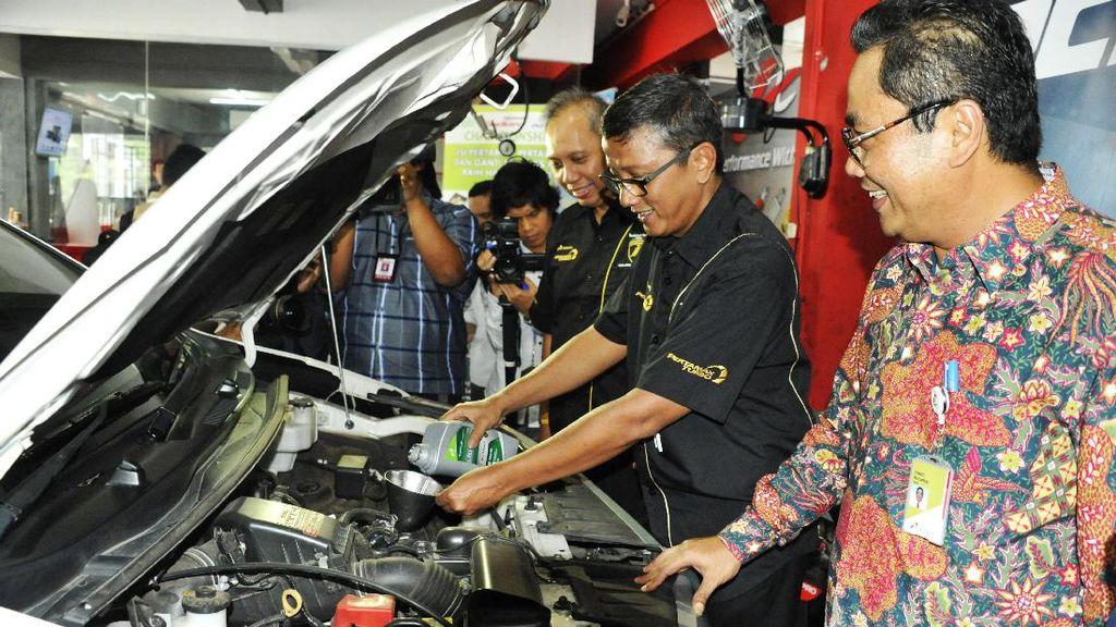 Pertamina Buka Bengkel Berkonsep Modern di Jakarta